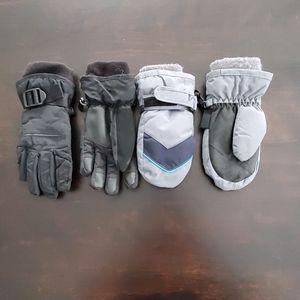 Gap Snow Gloves